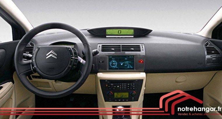 Citroën C4 la voiture de la conduite accompagnée